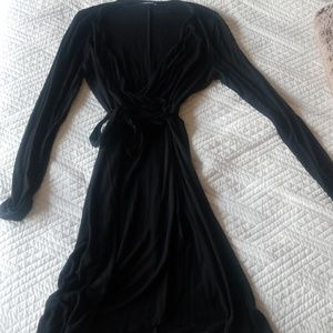 LIKE NEW Long-Sleeve Express Wrap Dress with Tie